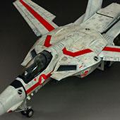 ���ȴ� 1/48 VF-1J