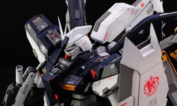 1/100 Hi-ν Gundam (ver. 無限維度)